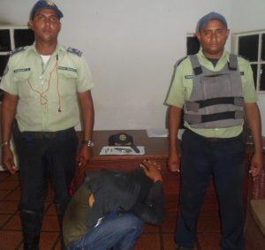Iapatmi frustró robo y capturó a delincuente que iba a ser linchado - Ultimas Noticias al dia