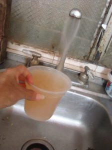 El acceso al agua potable es un derecho humano.