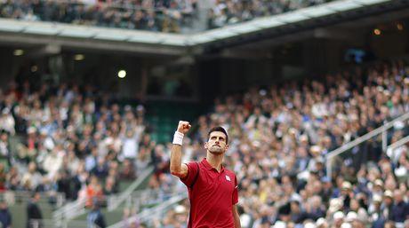Djokovic-vencio-Murray-sets-EFE_NACIMA20160605_0011_6