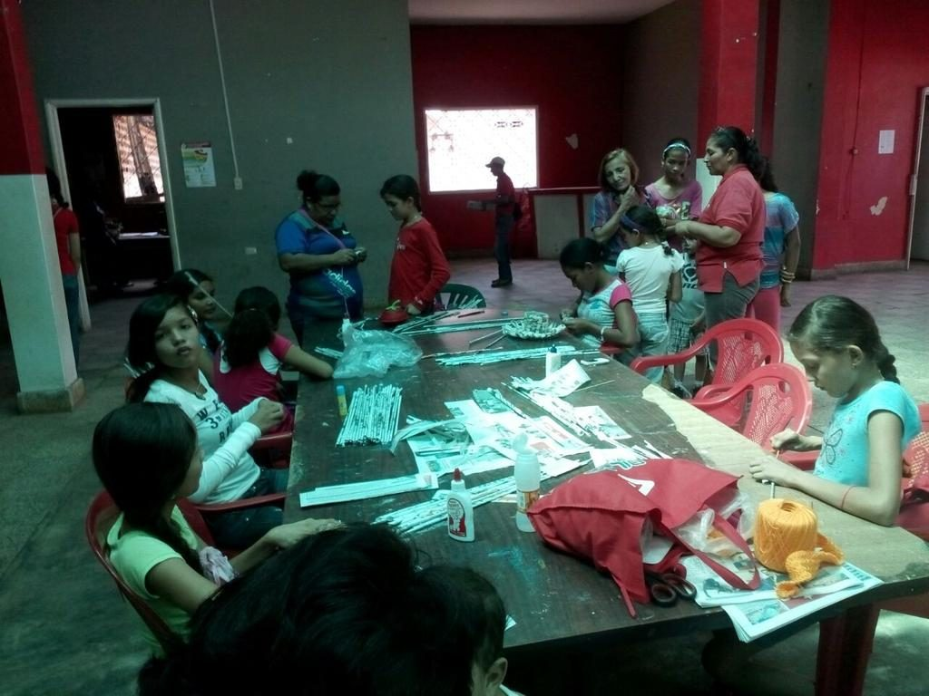 Jóvenes disfrutan del plan vacacional comunitario en Las Mercedes