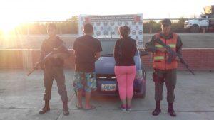 En el punto de control de Dos Caminos fueron capturados dos gariteros vinculados al narcotráfico