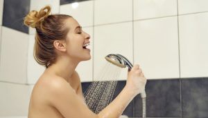 beneficios-cantar-ducha-01