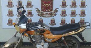 La moto fue retenido al presentar problemas