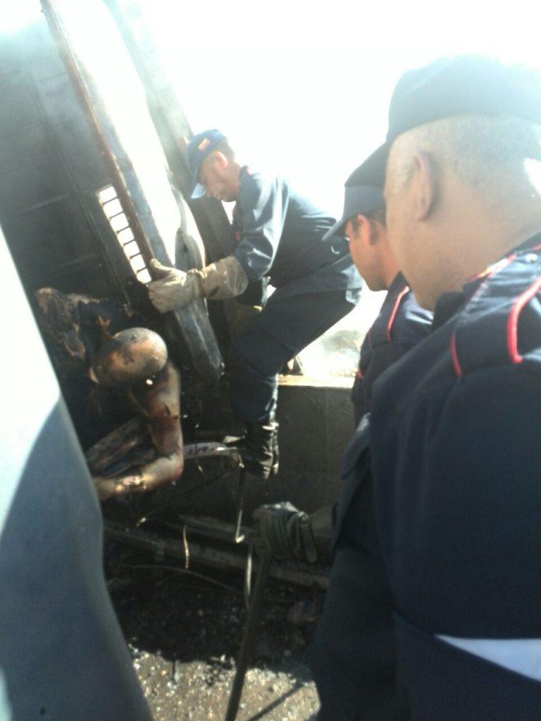 Hombre quedo calcinado dentro del vehiculo