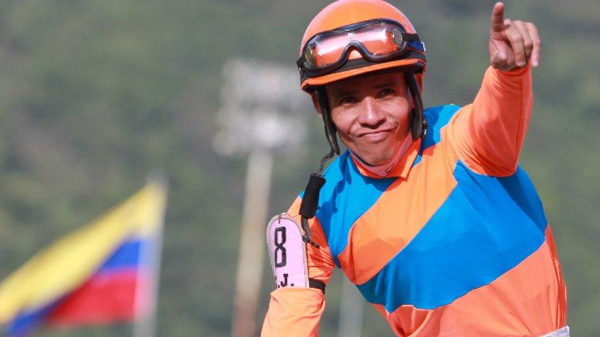 Emisael Jaramillo lleva 300 victorias en EEUU