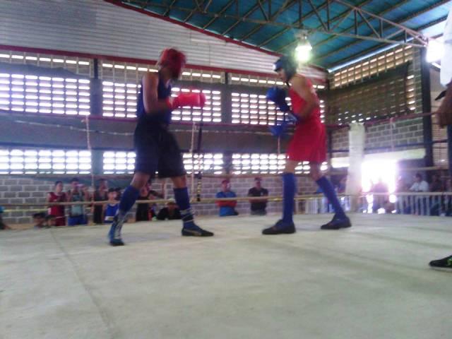 excelente boxeo en el municipio ribas