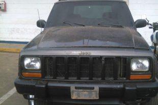 camioneta en estado de abandono recuperada por poliguárico