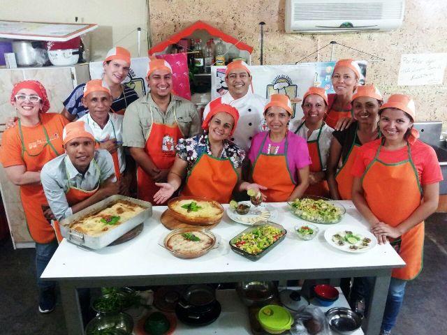 Chef participantes en la escuela de cocina