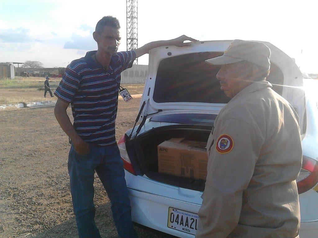 Danny Atocha de la Misión Transporte y presidente del Consejo Presidencial de Transporte de Las Mercedes del Llano brindo el apoyo logístico