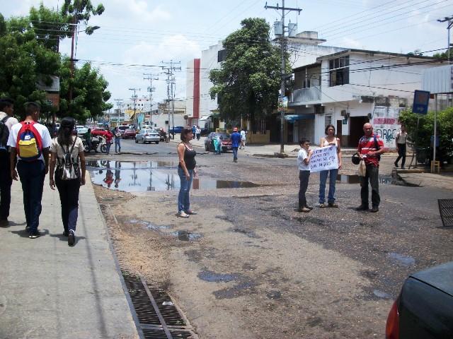Vecinos del sector decidieron protestar ante este problema que no les permite vivir tranquilos
