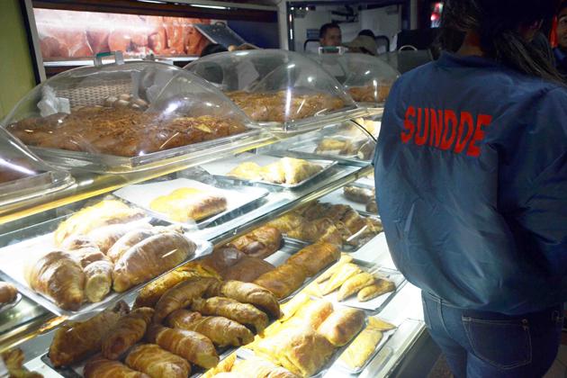 Panaderías venden pan con peso ilegal