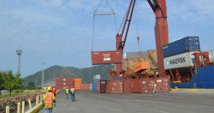Alimentos llegan al Puerto de Guanta