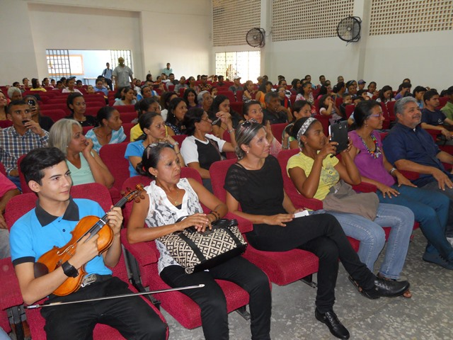 """La actividad fue realizada en el auditorio de la E.B """"José Félix Ribas"""""""