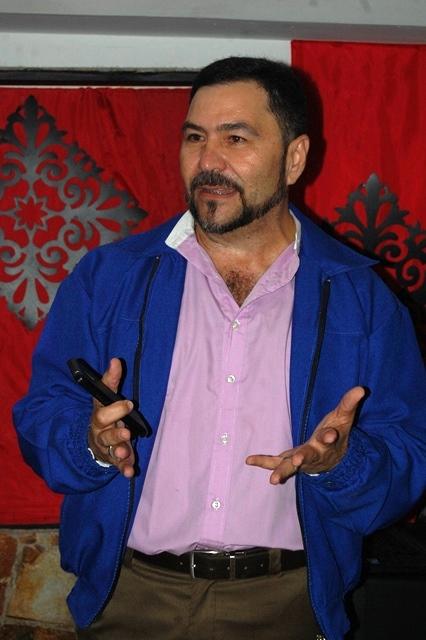 Nelson Hernandez, Gerente General de la Tasca Restaurant El patio