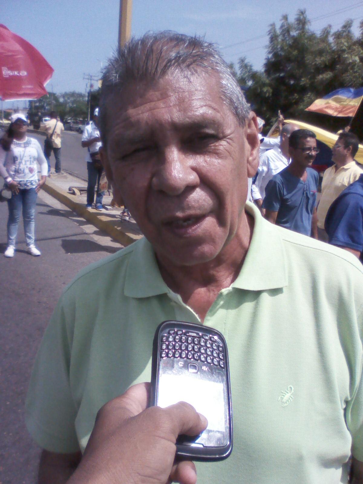 El exgobernador del estado Guárico y miembro del ejecutivo de la Mud Rafael Emilio Silveira expresó que se cumplió con el plantón en toda la entidad
