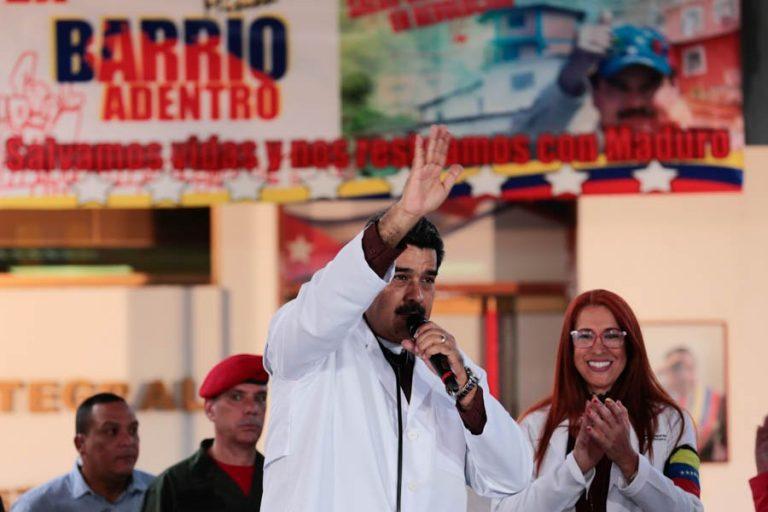Celebran 14 años de Barrio Adentro