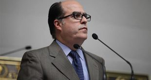 Julio Borges, afirmó que Maduro convocó una constituyente que no está en la Constitución.