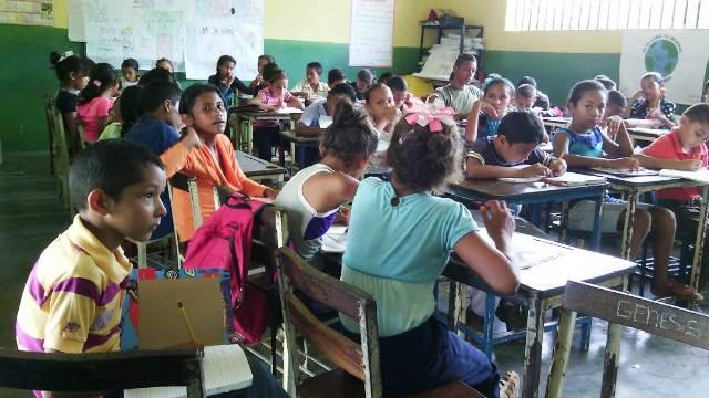 """La formación académica-musical se está desarrollando en la Escuela Básica Bolivariana """"Leonardo Infante"""""""