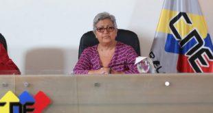 Tibisay Lucena, informó la noche de este martes que el Poder Electoral aprobó por unanimidad la convocatoria a elecciones regionales de gobernadores y consejo legislativo para el 10 de diciembre de 2017.