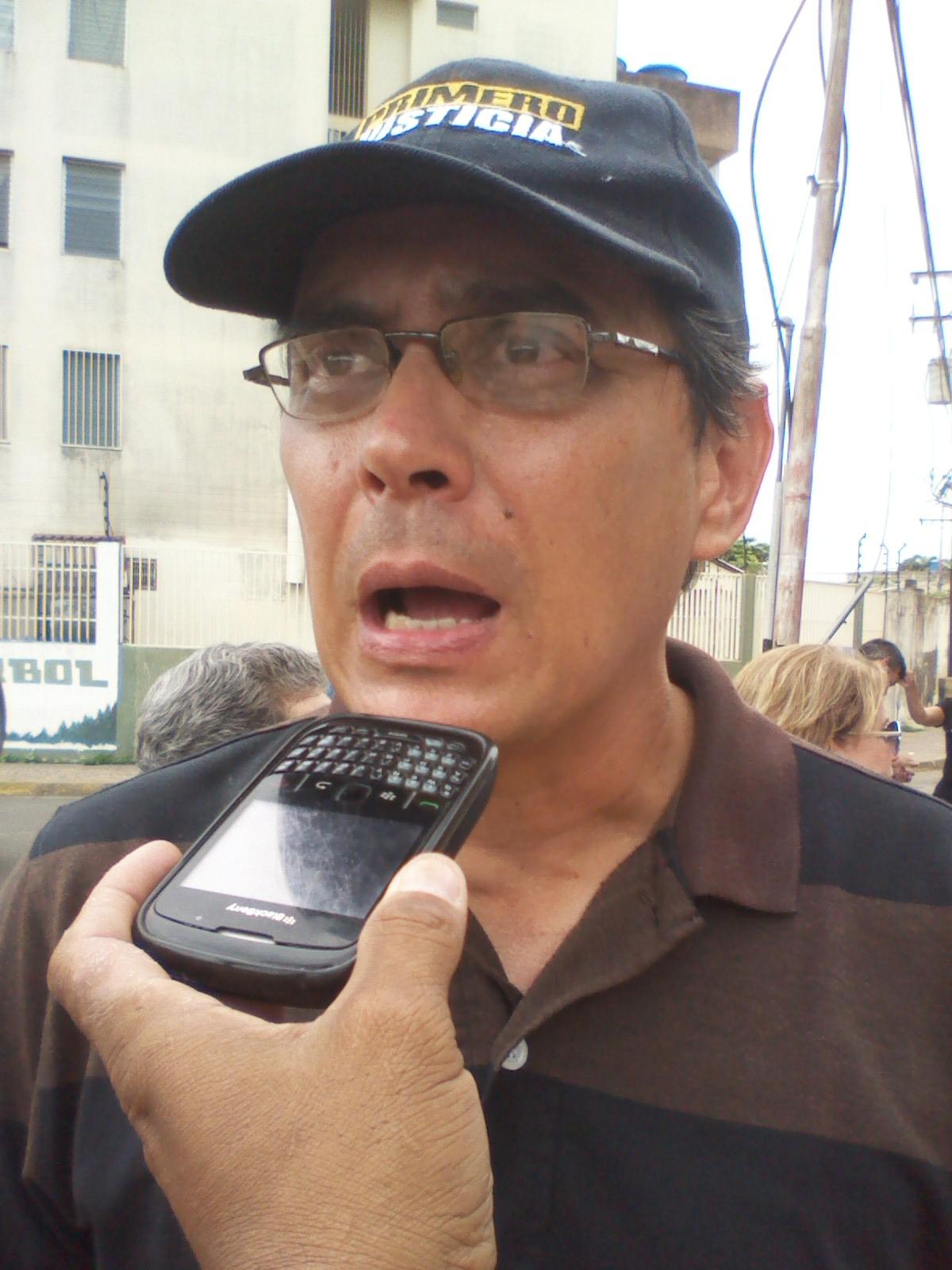 Rafael Loreto condenó la represión con gas pimienta por parte de los efectivos de la PNB en contra de las personas de la tercera edad