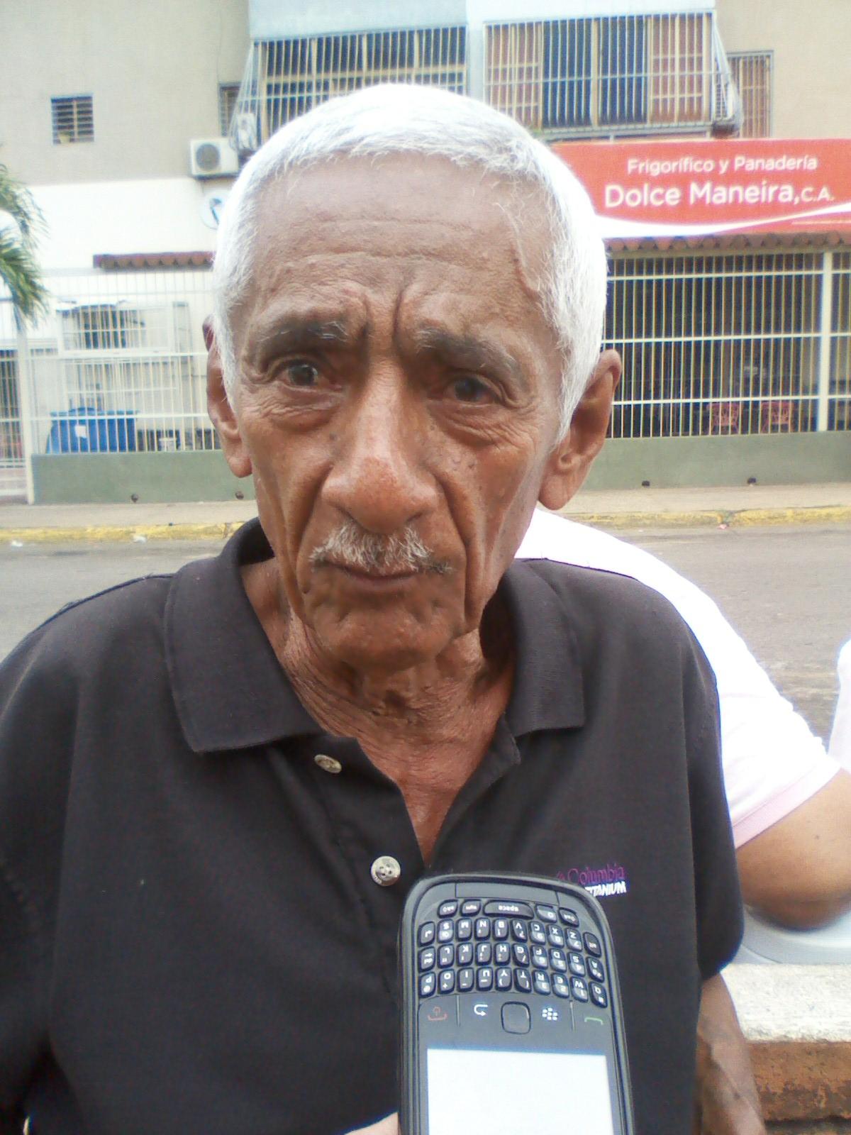 El abuelo Rodolfo Montilla le pidió al gobierno nacional que no los repriman y dejen de cometer tantas injusticias en contra de los venezolanos