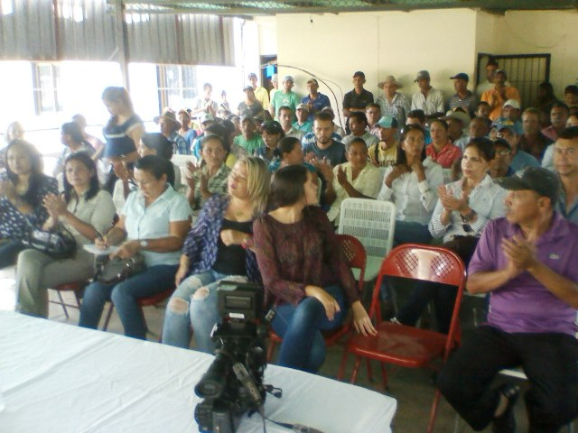 El encuentro contó con la asistencia de productores agrícolas de la entidad y público en general