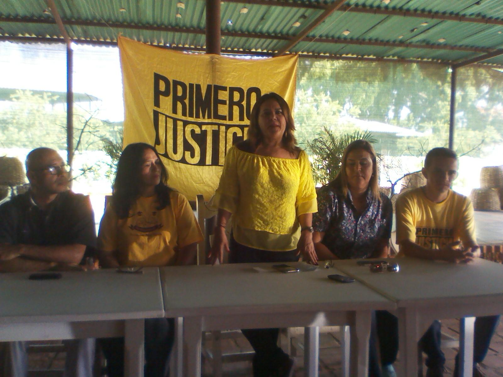 La candidata a la gobernación Rummy Olivo formalizó la inscripción bajo el apoyo de Copey y Primero Justicia (Foto Referencial)