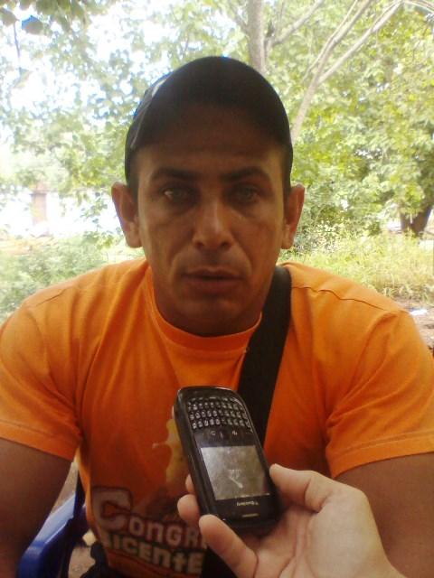 El presidente del Centro de Estudiantes del Iut Jean Guevara al momento de ofrecer la información