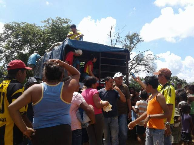 Los afectados por las lluvias recibieron la ayuda humanitaria