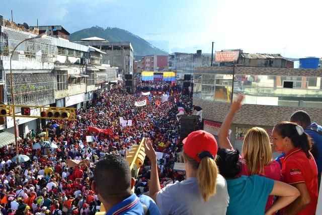 3.José Vásquez exhortó al pueblo a salir a defender la democracia y las conquistas sociales alcanzadas