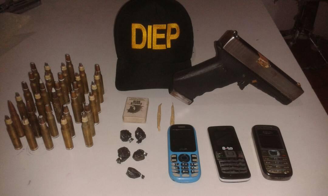 Evidencias decomisadas por los funcionarios de la Diep