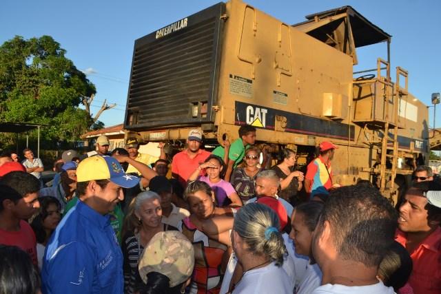 1.El gobernador José Vásquez solictó al pueblo organizado ejercer control y seguimiento a las obras de rehabilitación de las vías de Guárico