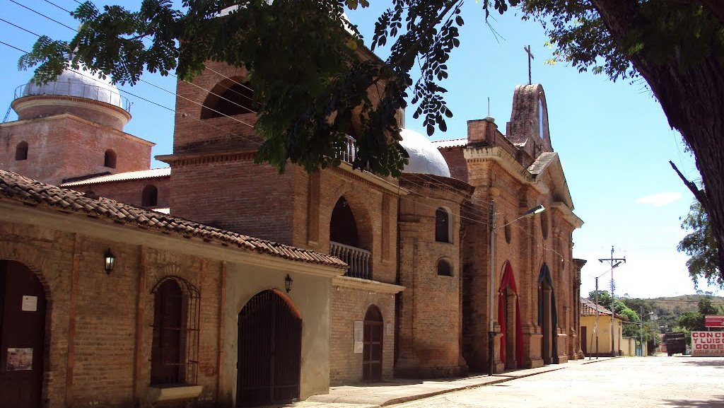 Según lo expuesto por vecinos son varios los apagones diarios en el municipio Ortiz.