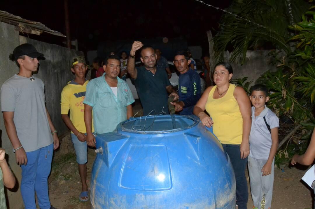 Agua gratis para el pueblo