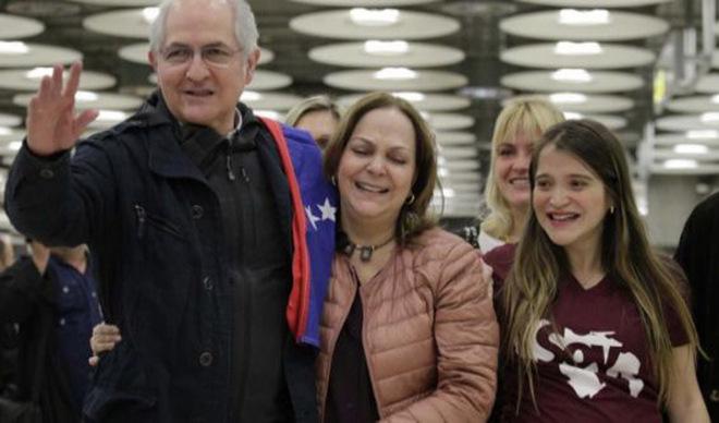 Por 29 alcabalas pasó Antonio Ledezma tras su huida de Venezuela
