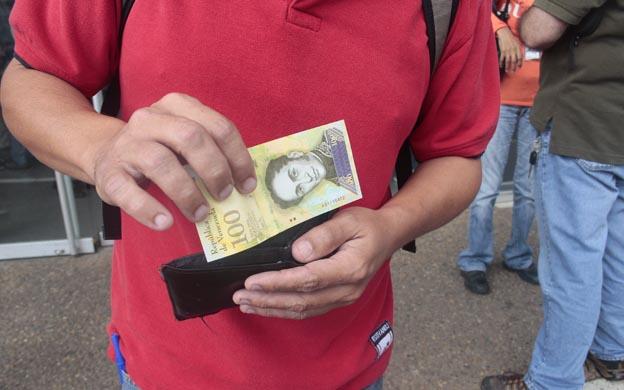 Billete de cien mil bolívares ya esta en la calle