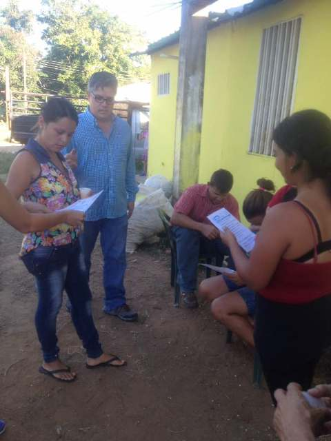 El candidato de la Unidad ha llevado su propuesta a los sectores del municipio Infante.
