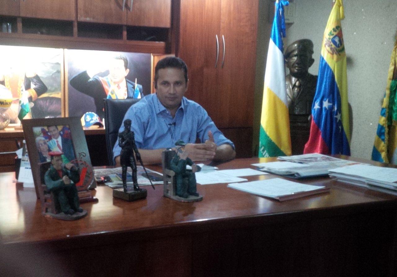 Gobernador de Guárico se reúne con los quince alcaldes recién electos