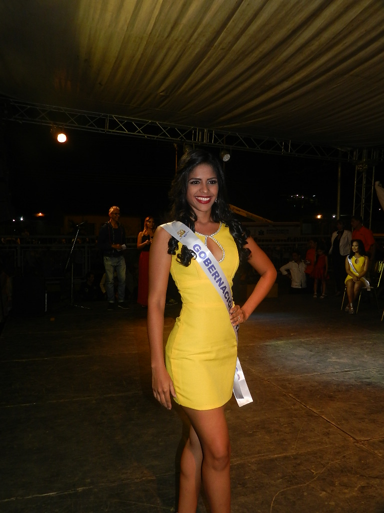 Laura López, con 19 años, 1.69 de estatura, cursa Comunicación Social en la Unerg, bailadora profesional de joropo y con residencia en sector Carlos Pérez, representará a Gobernación del estado Guárico.