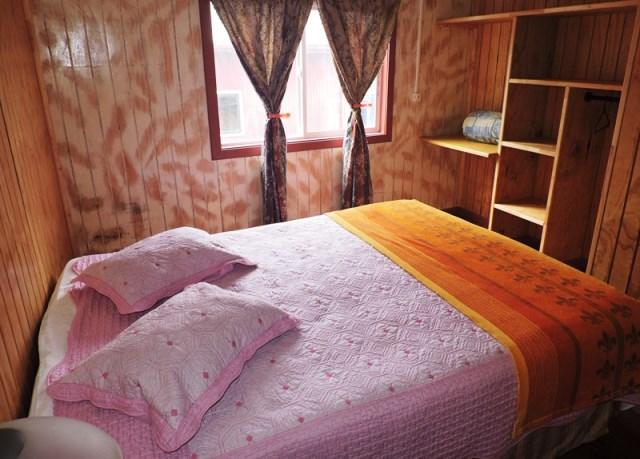 Habitaciones cómodas equipadas, con camas matrimoniales, dobles y sencillas