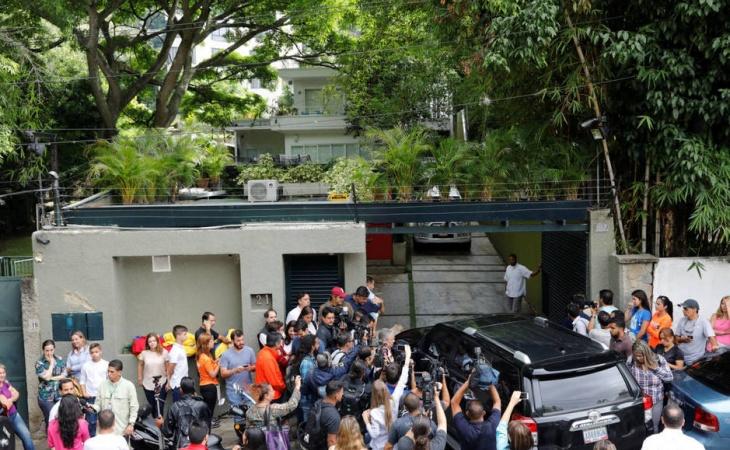 Venezolanos en Bogotá presentan propuestas para solucionar crisis en su país