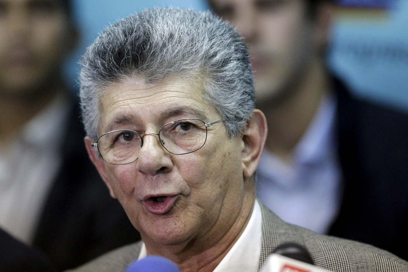 Ramos Allup se medirá en las primarias de la MUD, para las presidenciales
