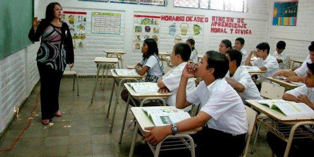 Gobierno aprobó 650.425 millones de bolívares a todos los maestros y docentes del país