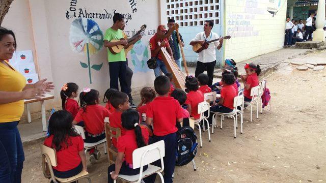 El pueblo disfrutó de recitales con distintas piezas venezolanas en la Plaza Bolívar de la localidad