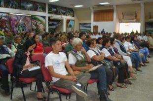 Representantes de los diferentes organismos de seguridad y del Frente Preventivo participaron en el Foro Conoce el Senade