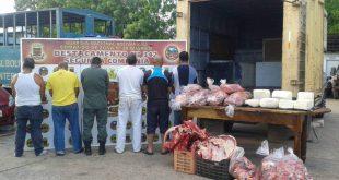 Arrestados intentando pasar carne y queso de contrabando