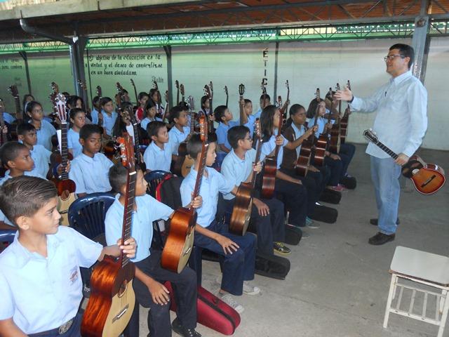 Estudiantes en su primera jornada de formación