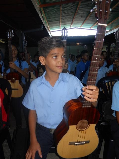 El Sistema de Orquestas y Coros continúa brindando la música como instrumento de transformación para nuestra población juvenil