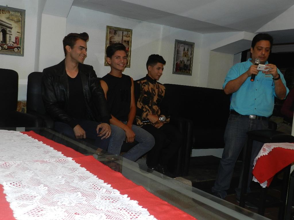 Manuel Alfonzo Alvarez, presidente de la fundación Clap realizo el conservatorio junto a los chicos