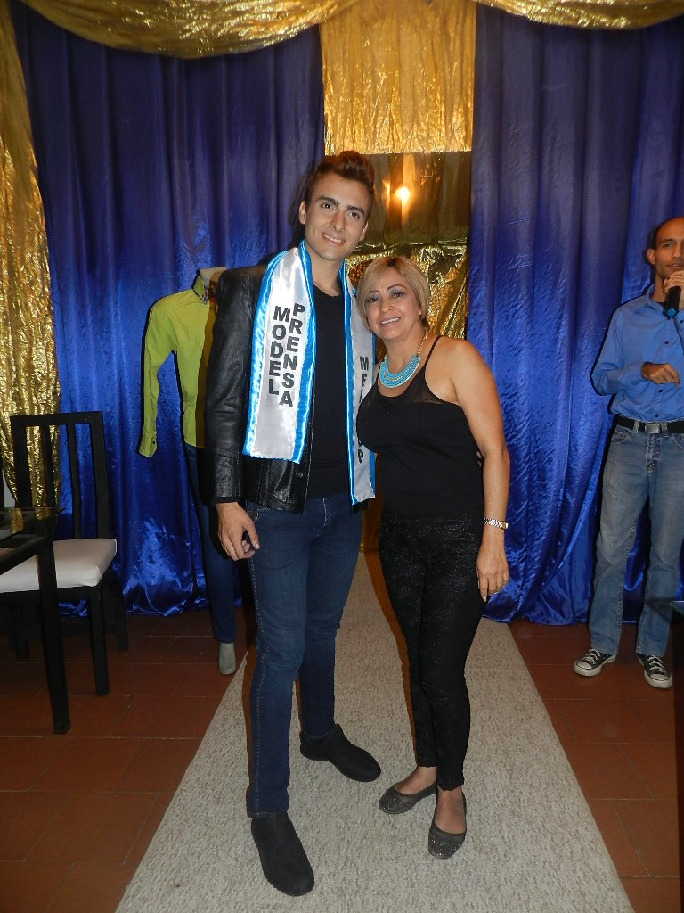 Ismael Zambrano fue electo como Men Top Model Prensa